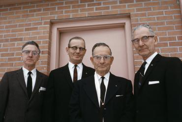 Men in black, 1968