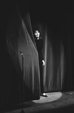 1966: Juliette Gréco sur scène