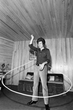 Joe Dassin au lasso, 1969