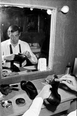 Jacques Brel au cirage, 1964