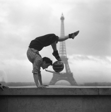 Le Jongleur et la tour Eiffel