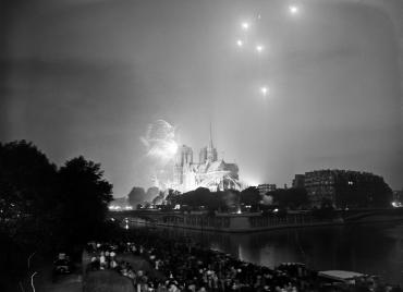 Notre-Dame en fête, Paris, 1935