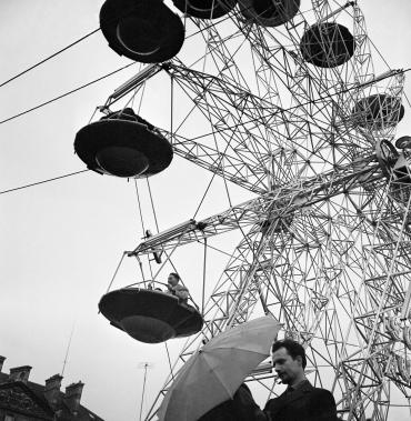 La grande roue de la Foire du Trône, Paris, 1961