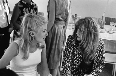 Catherine Deneuve et Francoise Dorleac, 1965