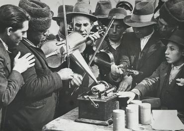 La Roumanie, berceau des tziganes, vers 1940