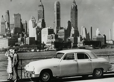 Manhattan Sedan, 1953
