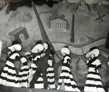 Revue du Casino de Paris, vers 1940