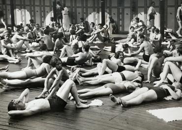 Paris Plage, vers 1950