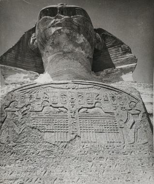 Le Sphinx, Egypte, vers 1940