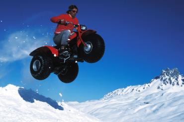Trike tout terrain sur la neige, 1988