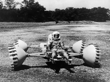 Le Rover lunaire, vers 1960