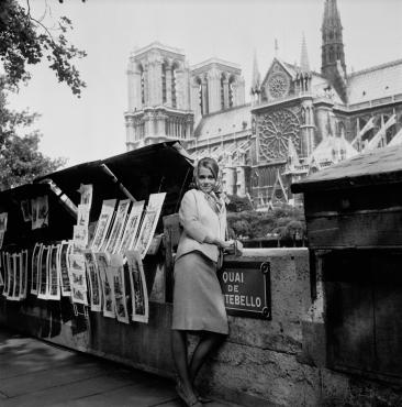 Jane Fonda à Paris sur le quai de Montebello, 1963