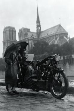 Peintre motocycliste à Paris, 1931