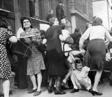 Panique face à des tirs allemands, 1944