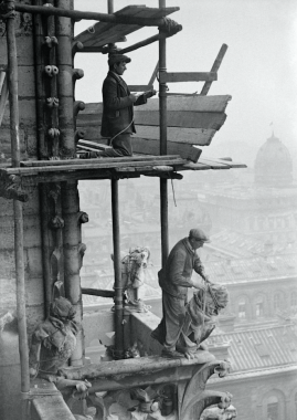 Les chimères de Notre-Dame de Paris, 1931