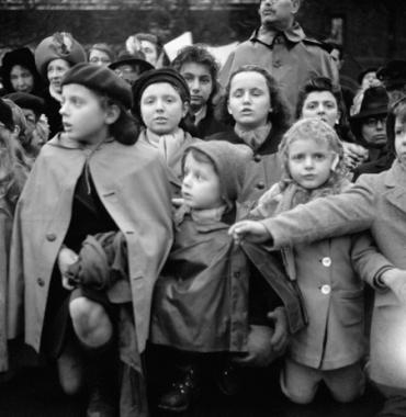 Retour de la Vierge miraculeuse à Paris, vers 1940
