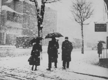 Abondante chute de neige à Londres, vers 1940