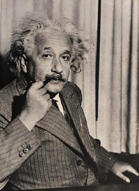 Einstein à la pipe, Princeton, 1933