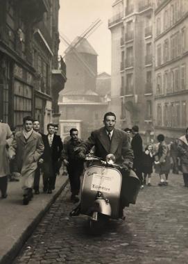 A l'assaut de la Butte Montmartre, Paris, vers 1950