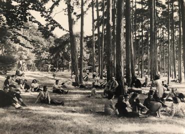 Enfin l'été, Bois de Boulogne, 1940