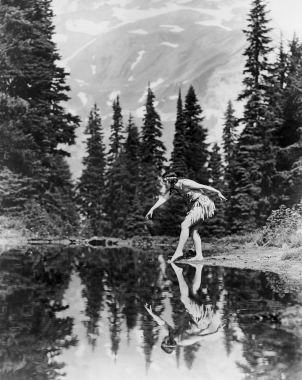 Le Grand Saut. Mount Rainier, Etats-Unis, 1930
