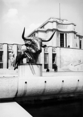 Le Palais de Chaillot, Paris, 1967