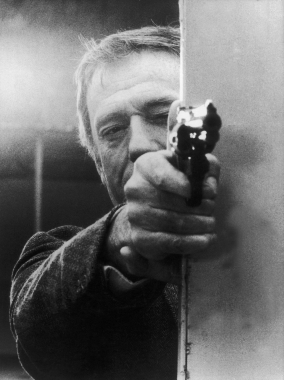 Yves Montand dans « Police Python », 1976